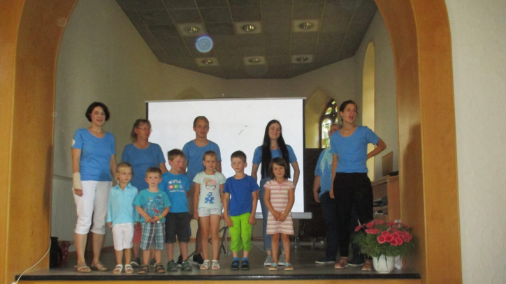Bild der Kindergartenkinder Fluorn bei der Vorstellung der Konzeptionen