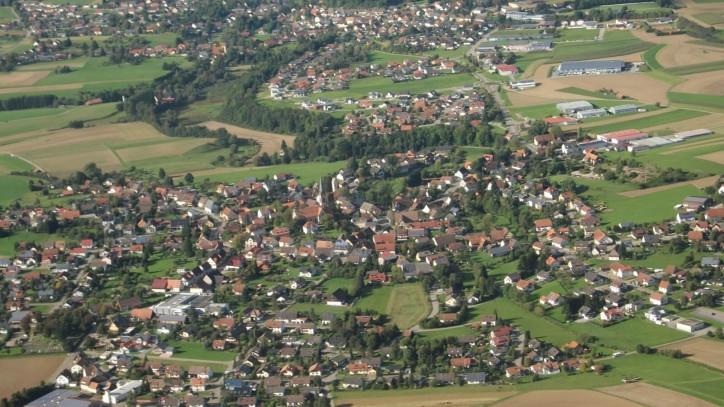 Luftbild von Fluorn-Winzeln