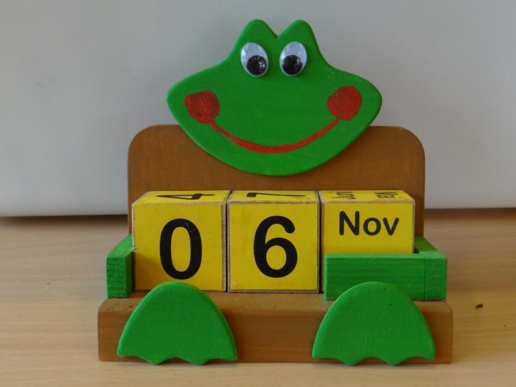 Bild von einem Kalender in Froschform