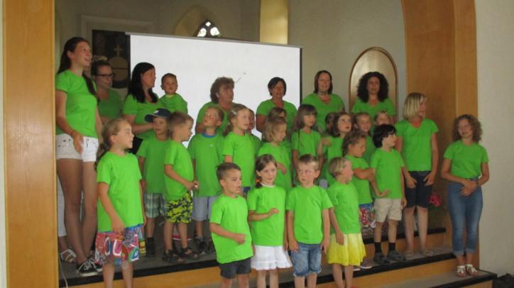 Bild der Kindergartenkinder Winzeln bei der Vorstellung der Konzeptionen