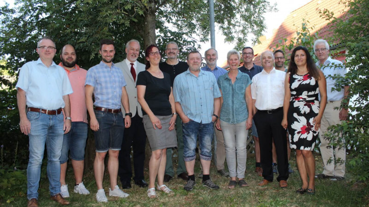 Gruppenbild des Gemeinderats